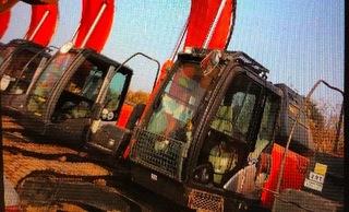 日立ZX210K-5B挖掘机