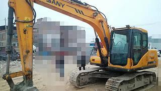 三一重工 SY135 挖掘機圖片