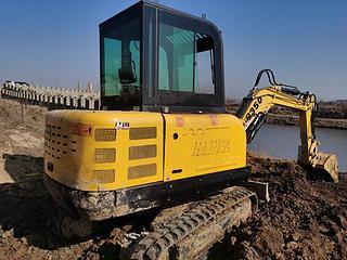 山东立派 R350CC 挖掘机