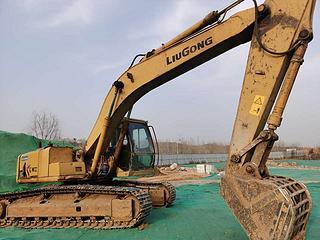 柳工CLG220-3挖掘机