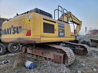 小松PC300-10挖掘机