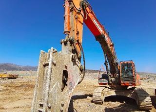斗山SOLAR420LC-V挖掘机