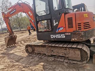 斗山 DH55-7 挖掘機圖片