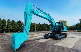 神钢SK200-10 SuperX挖掘机