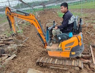 犀牛重工 XN20 挖掘机