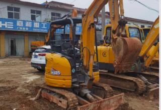 加藤 HD25V5 挖掘机