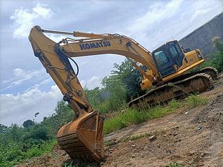 小松PC300LC-8M0挖掘机