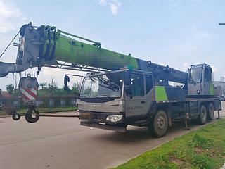 中聯重科ZLJ5281JQZ20V起重機