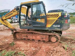 现代R130VSN挖掘机