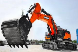 斗山 DX1000LC-9C 挖掘机