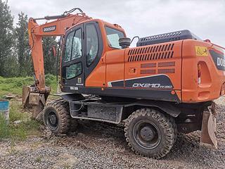 斗山DX210W-9CN挖掘机