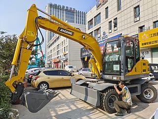 宝鼎机械 BD80W-9D 挖掘机