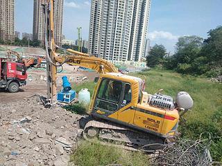 山东临工LG6140E挖掘机