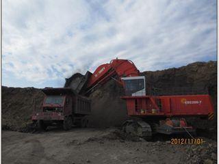 邦立重机CED2200-7反铲挖掘机