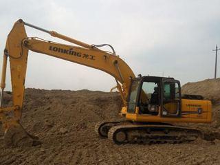 龍工 220D 挖掘機圖片
