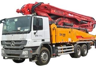 徐工 HB48K 泵车