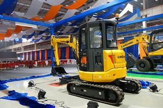 柳工 CLG9035E 挖掘机
