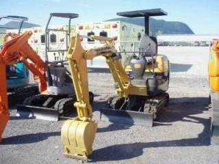 小松PC12R-8挖掘机