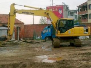 小松 PC200-7 挖掘机