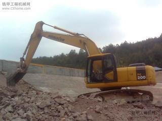 小松PC200-7超长前臂挖掘机