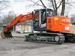 日立ZX135US-3挖掘机