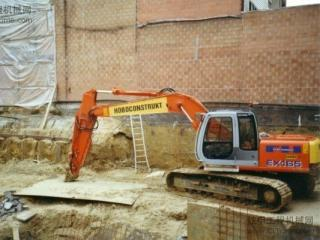 日立EX165挖掘机