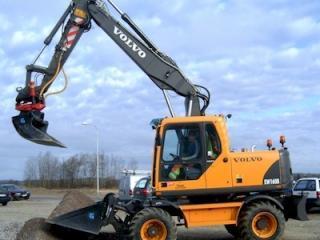 沃尔沃EW160B挖掘机