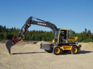沃尔沃 EW140B 挖掘机图片