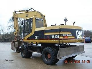 卡特彼勒 M320 挖掘机