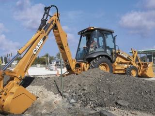 凯斯 590SM3 挖掘装载机