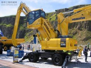 小松 PW220-7 挖掘機圖片