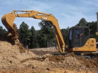 凯斯 CX80 挖掘机