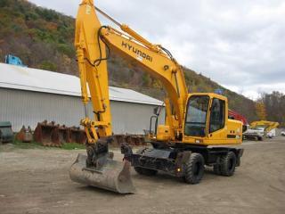 现代R200W-7挖掘机