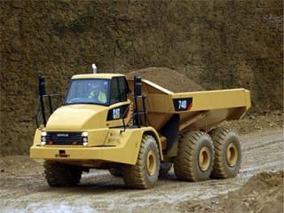 卡特彼勒 740 非公路自卸车