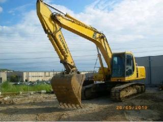 小松 PC240-6 挖掘机图片