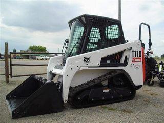 山猫 T110 滑移装载机