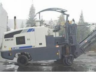 徐工 XM130 铣刨机
