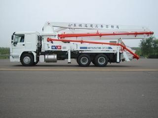 鸿达建工 HDT5251THB-37 泵车