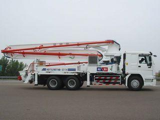 鸿达建工 HDT5290THB-37/4 泵车