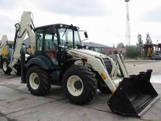 特雷克斯 970Elite 挖掘装载机