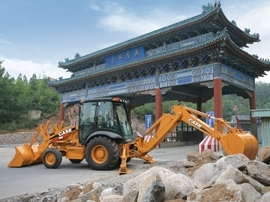 凯斯 580MSeries3 挖掘装载机