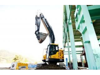 沃尔沃ECR305CL短尾挖掘机挖掘机