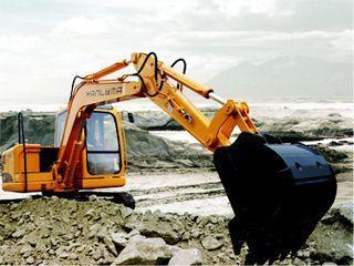 华力重工 HL165-7 挖掘机