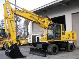 约翰迪尔 210CW 挖掘机