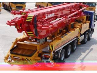 全进重工 JJRZ52-5.16MB奔驰底盘 泵车