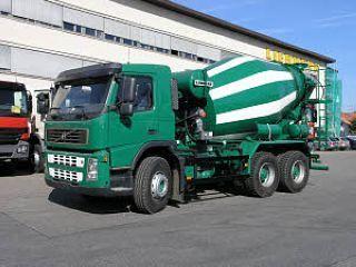 利勃海尔 HTM704 搅拌运输车