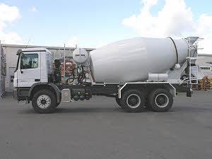 利勃海尔 HTM1004K 搅拌运输车