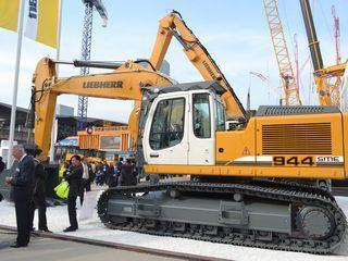 利勃海尔 R944CSME 挖掘机