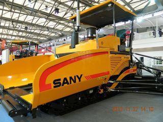 三一重工 SAP120CA 沥青摊铺机