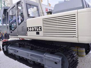 特雷克斯 3607LC 挖掘机